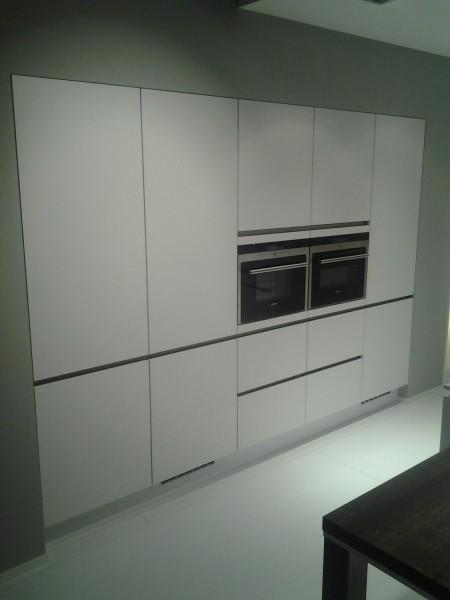bilder von k chen dachgeschoss. Black Bedroom Furniture Sets. Home Design Ideas